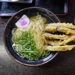 資さんうどん - 料理写真:ゴボウ天うどん