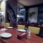34496650 - 私達は15人位の人数だったんで中央付近のテーブル席をお借りしての食事会になりました。                                               料金は幹事の方が飲み放題も入れて5000円で仕切ってくれました。