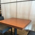 九州の旬 博多廊 - テーブル