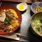 田舎料理 俵山 - 馬肉丼定食(830円)