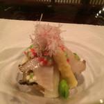 34499075 - 鮑、みる貝、ホワイトアスパラ、豆、のイタリア仕立て