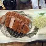 平田牧場 とん七 - ダブル厚切りロースカツ膳  三元豚