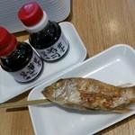 日本海 - テーブルの上の醤油をちろっとたらしても美味しかったです