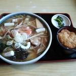 やま正食堂 - チャンポンセット(2014.12)