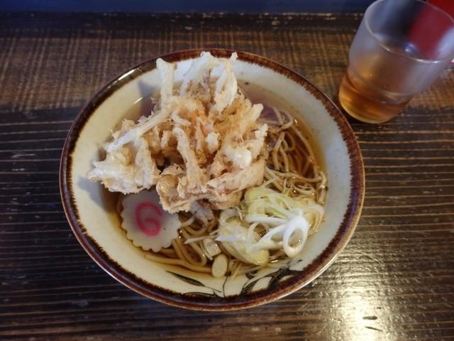 はなゆう - 天ぷらそば300円。これはウマい!