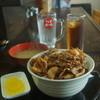 つるちゃん - 料理写真:ジンホル丼セット