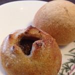 34512538 - 和栗のパンとあんチョコ