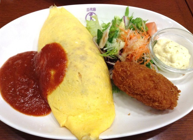 洋食や 三代目 たいめいけん - 【New!】オムライス+クリームコロッケ(トマトソース)