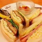 グルメ - 料理写真:えびフライサンド&ハムとタマゴサンド