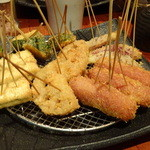 銀座酒場 マルハチ - 2015.01 うまかもんコース:名物 「出汁で食べる」串揚げ (5本盛り)