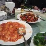 34524872 - エビチリと鶏肉の唐辛子炒め