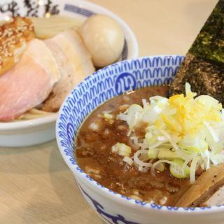 特製濃厚豚骨魚介つけ麺