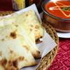 ナマステヒマール - 料理写真:バターチキン、チーズナン