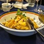 ラ・フレッチャ - 2015.1 ツブ貝とキャベツのピッツォケッリ