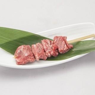 季節に合わせて作る、お野菜の串をご一緒にお楽しみください。