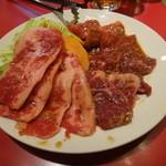 朝鮮飯店 - 焼肉ランチのお肉