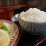 定食屋 北彩 - メシと味噌汁