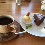 ノラカフェ - ケーキと珈琲(今月のおすすめ珈琲)