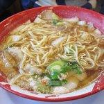 ラーメンまこと屋  - 料理写真:鶏醤ラーメン¥640 ストレート麺