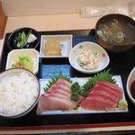さかなや - 刺身盛り合わせ定食(寒鰤・中トロ):980円