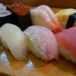 美代寿司 - ランチにぎりセット