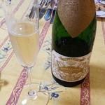 ル カフェ プランタニエ - 持ち込みシャンパン・・。