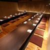 京まる - 内観写真:36名様個室。シーンに合わせご利用ください。