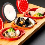 牡蠣と地中海料理 ALEGRIA - 3 種ストゥブ鍋で仕上げる3 種のアヒージョ