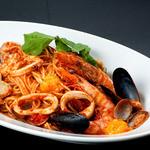 牡蠣と地中海料理 ALEGRIA - ALEGRIA 風 スモークした魚介たっぷりペスカトーレ