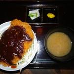 串かつ男 男おでん - 食べかけの漬物、味噌汁じゃないよ?(ΦωΦ)