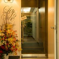 La Valse - エレベーター降りてすぐ左手の隠れ家へ。