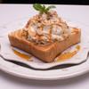 カフェ トロワ - 料理写真:ホイップトースト 一番人気のキャラメルメープル2