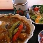おいしいいっぷく鏑木 - 金沢野菜たっぷりのカレー