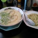 長浜ラーメン 味一番 - 半チャンセット