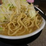 野菜みそラーメン 鬼首 - 麺のアップ(2015/1/27)