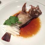 34574286 - ⑥本日鮮魚の姿蒸し 香港スタイルで