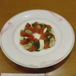 34574584 - 帆立とトマト、モッツァレラチーズのカプレーゼ