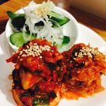新鮮ホルモン豚風 - キムチ