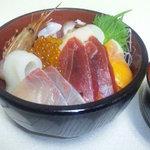 北海道場 - 豪華 北海丼!
