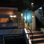 34580629 - 入口は階段の上