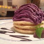 エルク - 秋冬限定 紫芋と和栗のモンブランパンケーキ