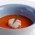 オザワ - 料理写真:OZAWAのスペシャリテ【オマール海老の茶碗蒸し】濃厚なオマール海老の味わいをお楽しみください。