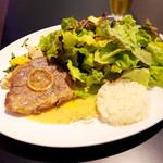 デカリー - 豚肩ロースのコンフィ マスタードソース(1150円)