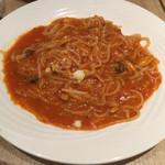 イルプレゴ - 本日のパスタ¥930  ツナときのこのトマトソース