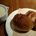 Tana-Capriccio - さつまいものスープ&自家製パン 旨っ!