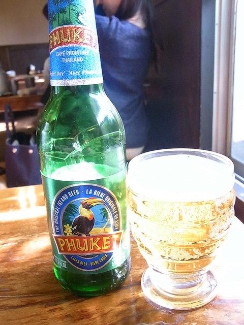 熱帯食堂 - プーケットビール¥650 軽くて爽やか☆♪