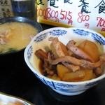 34593259 - 小鉢とアラの味噌汁(お造り定食)