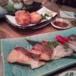 魚じょんがら べたなぎ - 鯛の焼き物と海老しんじょう