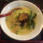 34596746 - 燕  参鶏湯麺  700円