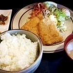 34598550 - アジフライ定食600円